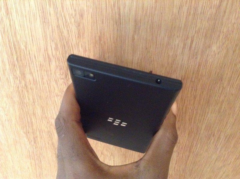 Blackberry-Z3-primary-camera