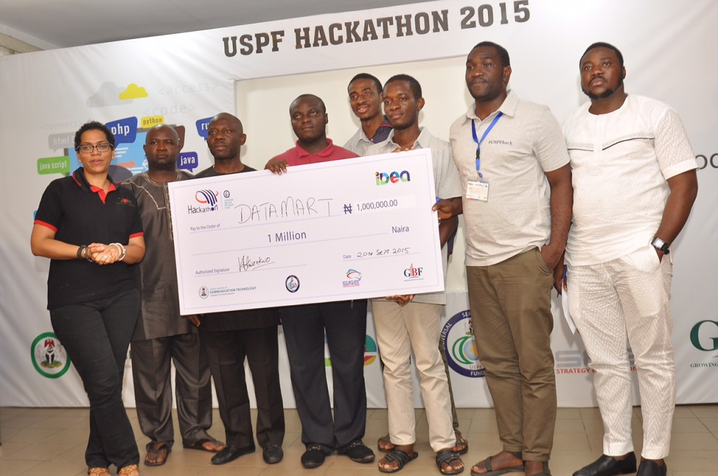 Data Mart wins $5,000 and iDea incubation at the USPFHackathon