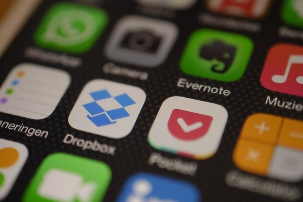 Dropbox Kills Off Mailbox And Carousel