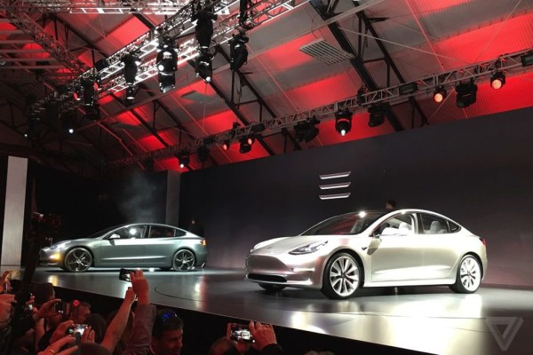 Elon Musk says the interior of the Tesla Model 3 will feel like a spaceship